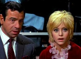 Image result for goldie hawn and bergman in cactus flower