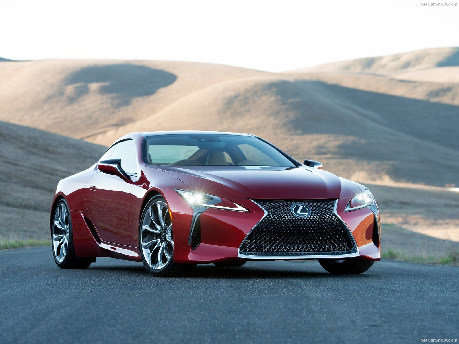 Lexus LC 500 2017 goes 0 60 in 4 5 seconds Vehicles