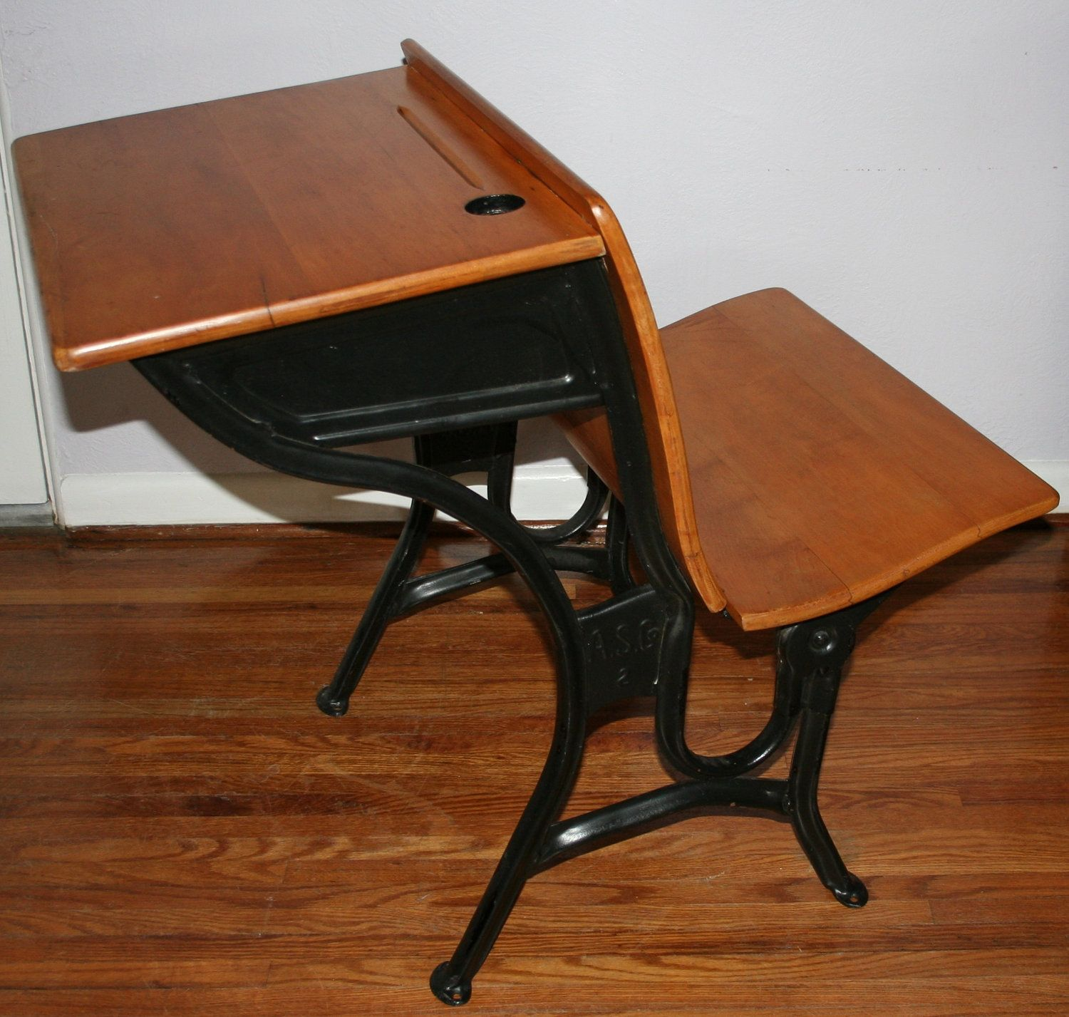 Wooden School Chairs Old Wooden School Desks With Inkwells And Value Agc1