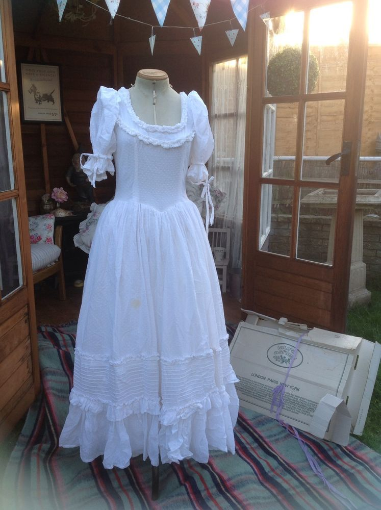 Vintage Laura Ashley Wedding Dress  Lovely Laura Ashley