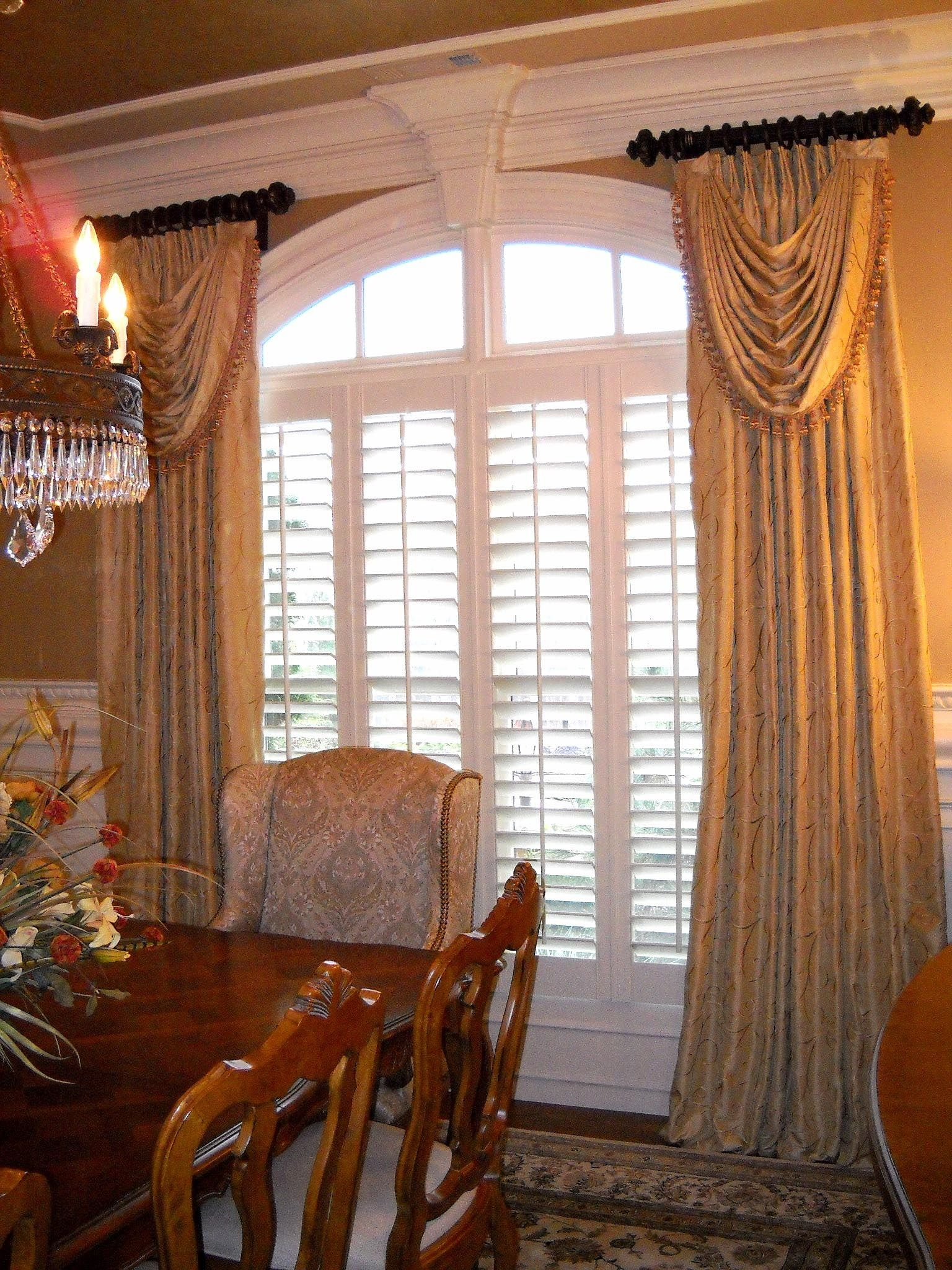 Windowtreatments Ring Curtains With Swags In Gold Silk