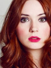 karen gillian's amazing red hair
