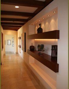 Decoracion de pasillos also shelves interiors and house rh pinterest