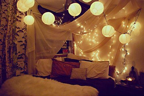 schlafzimmer dekorieren romantisch - boisholz - Schlafzimmer Deko Lichterkette