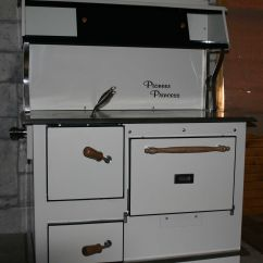 Kitchen Cook Stoves Types Of Cabinets Pioneer Princess Woodcook Stove Functional And Practical
