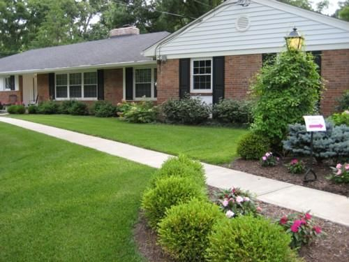 Tips To Landscaping With Ranch Style Home Smart Home Decorating