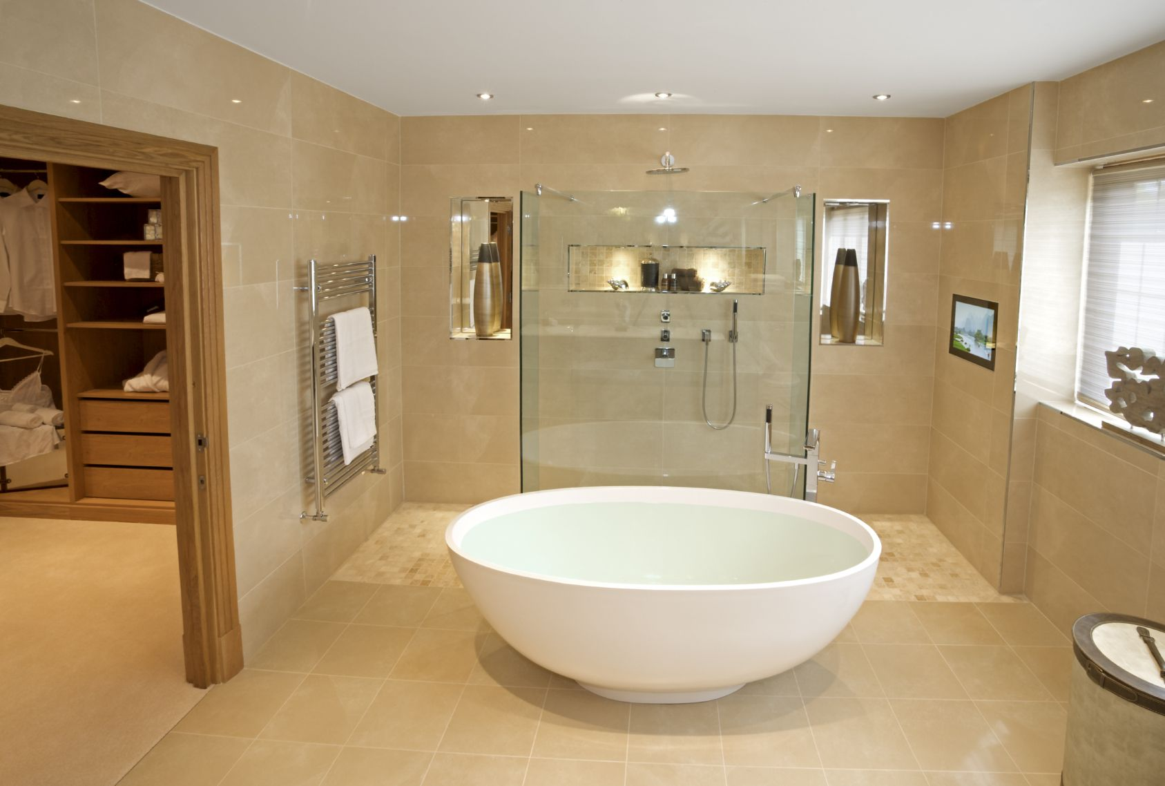 Small Bathroom Open Shower And Bright Beige Tones Warm