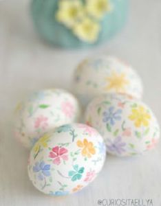 Spring colors painted on egg shells how pretty and cheerful also best images about easter pinterest tissue paper mud rh