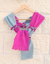 This no sew fleece scarf is a fun winter craft for kids ...