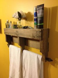 Rustic Pallet Towel Rack Shelf For Bathroom | splish ...