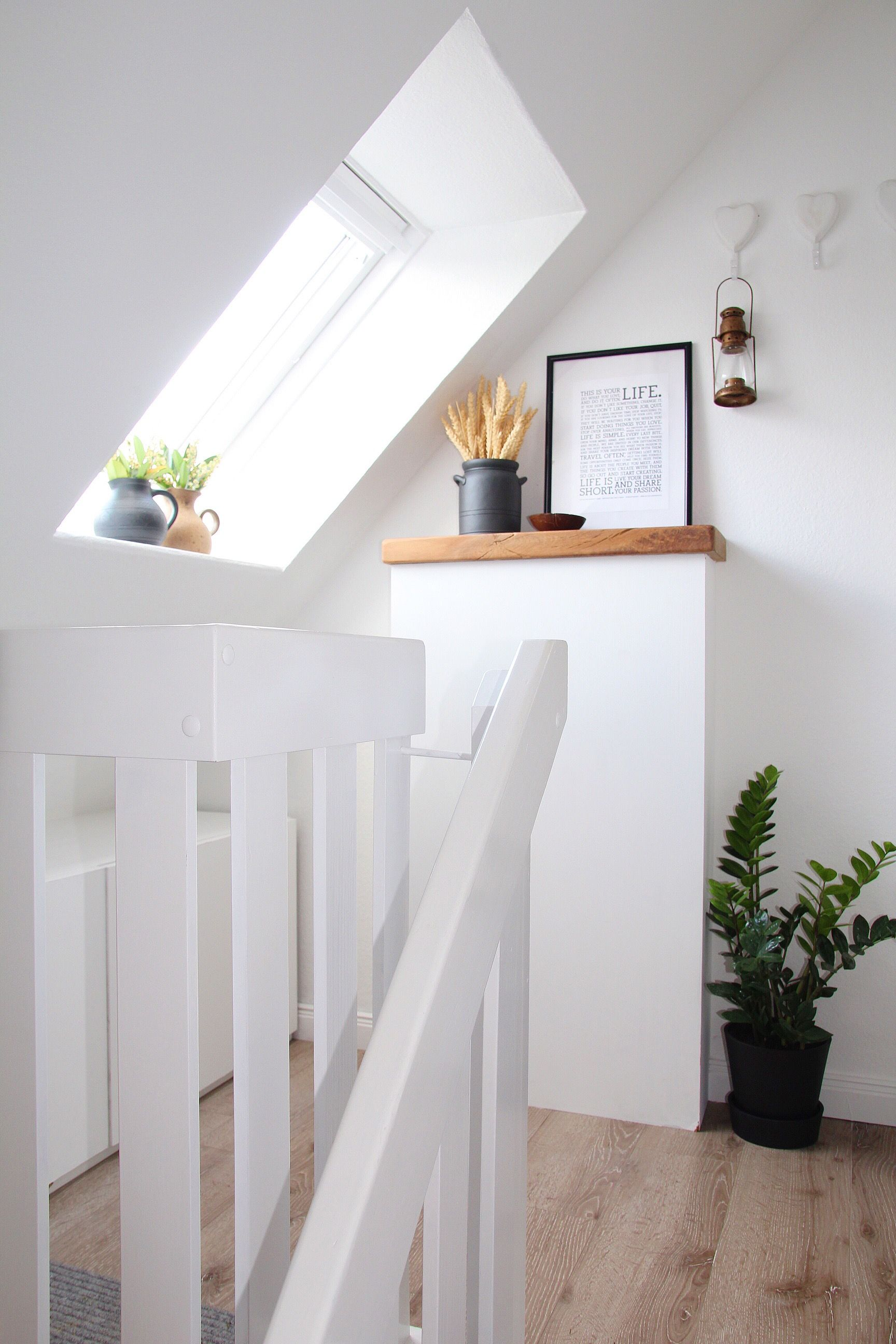 Flur Und Treppenhaus Neu Gestalten Und Dekorieren Vorher Nachher Wohnung Renovieren Neue Gestalten