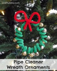 Pipe Cleaner Wreath Ornaments