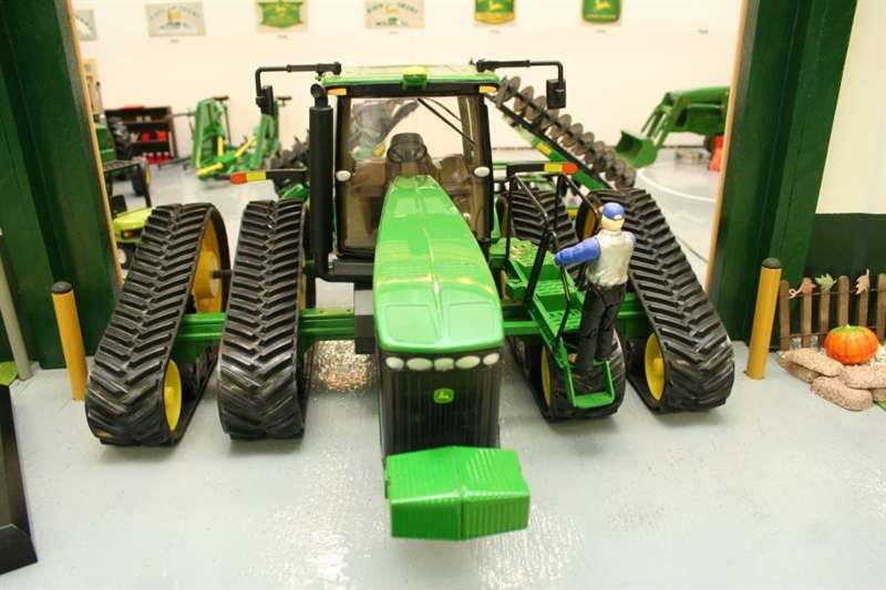 Case Toy Tractors Tracks