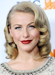 Celebrity Makeup How To Wear Red Lipstick Red Lips Searches