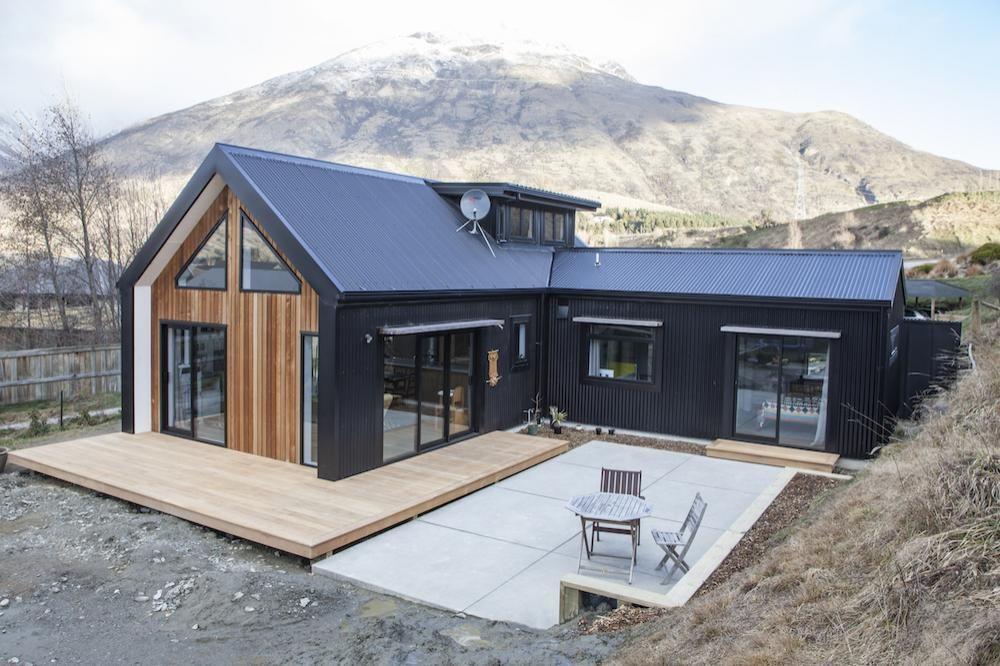 Little Black Barn House Home Design Ideas Eco Home Builds
