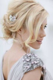 bun beach wedding hairstyles