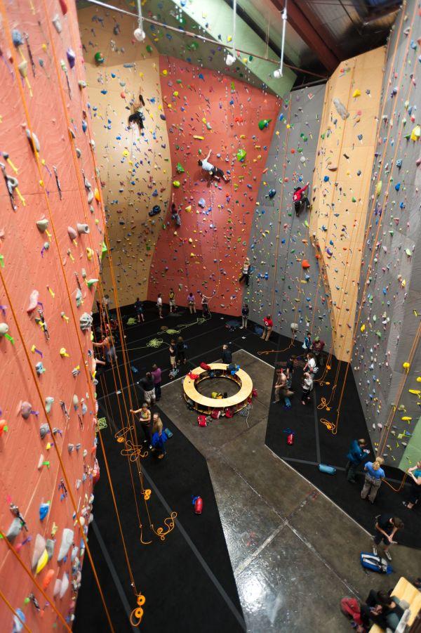 Seattle Gym - Elevate Climbing Walls Rock