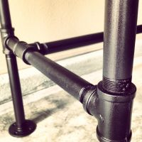 "DIY galvanized steel pipe desk frame detail. 1"" pipe with ..."