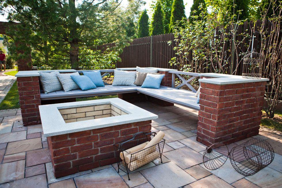 Moderner Garten Mit Moderner Lounge Ecke, Feuerstelle Und