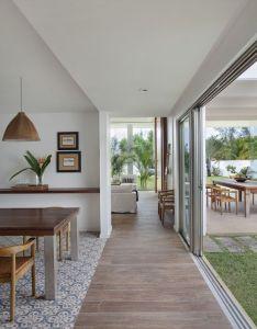Casa de praia com toques modernidade also house interiors and rh pinterest