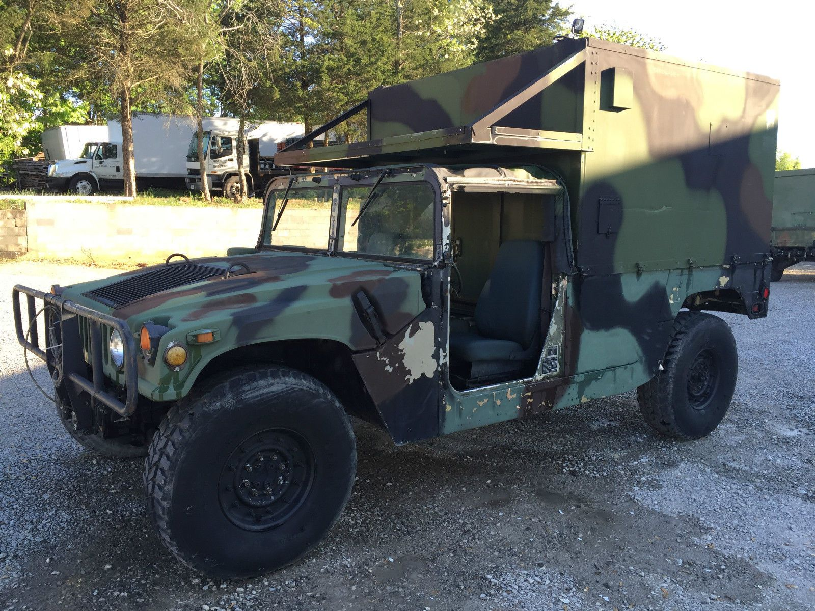 1989 AM General M1038 Military Hummer H1