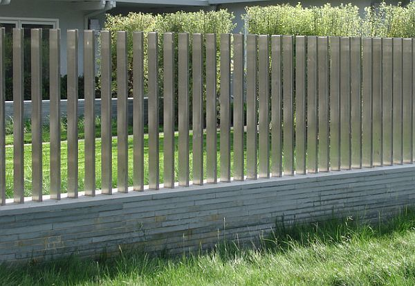5 Backyard Fence Types Walls Fencing And Fence Design