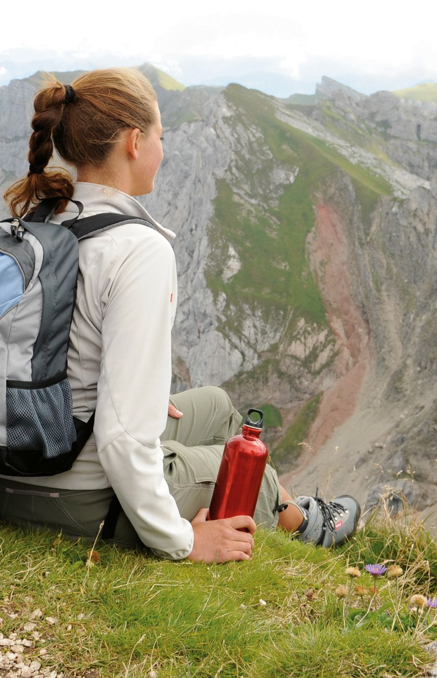 Perfect Hairstyle For Hiking Hairstyles For Your Holiday In