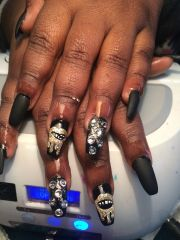 lips design coffin nails