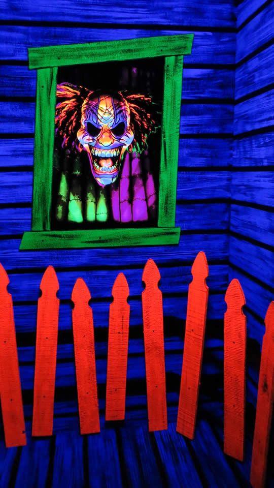 Black Light decoratingideas for halloween party on