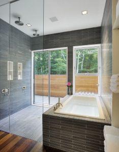 The qual hill house in amagasett new york homaci also bathroom rh pinterest