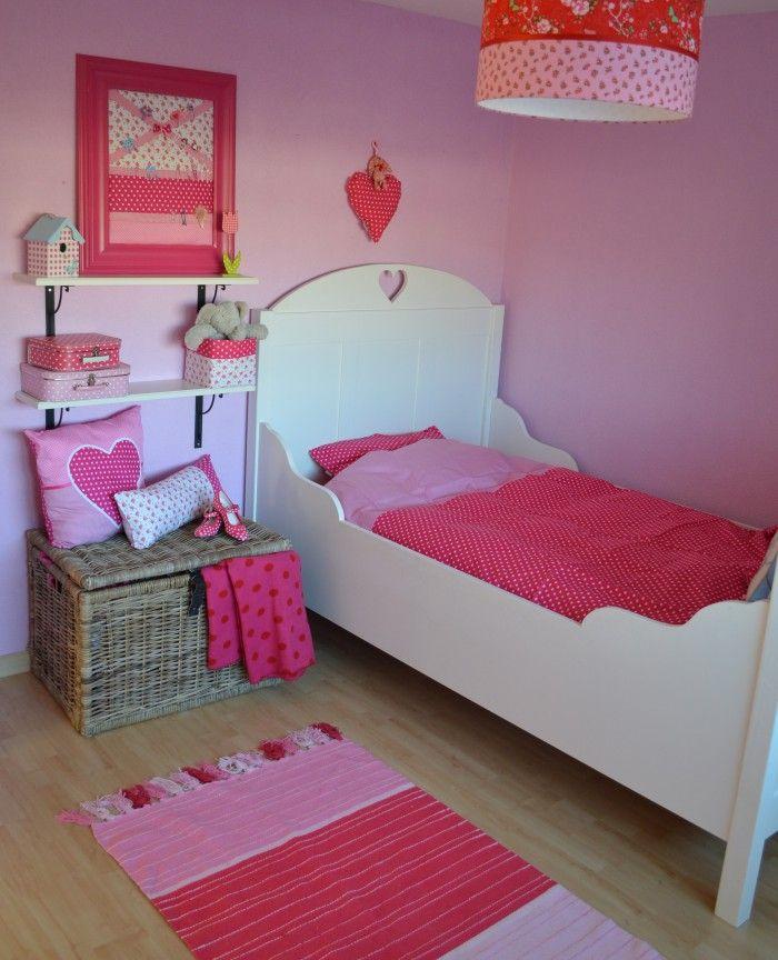 Heel veel roze voor schattige meisjes  Meisjeskamer