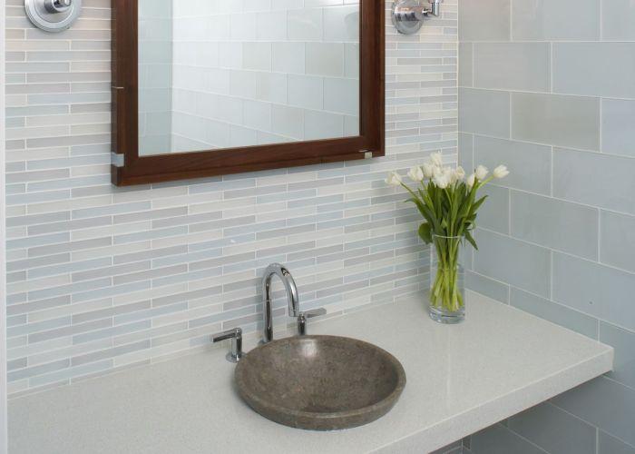 Ann saks metro crisp glass tile love the simplicity of this also