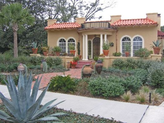 Picking An Exterior Paint Color Need Help Home Decorating Spanish Style Hometerior