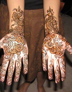 Mehndi traditional henna art photos hennaarabic designsbridal also pinterest rh