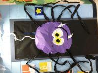 Halloween spider on classroom door | PUERTAS DECORADAS ...
