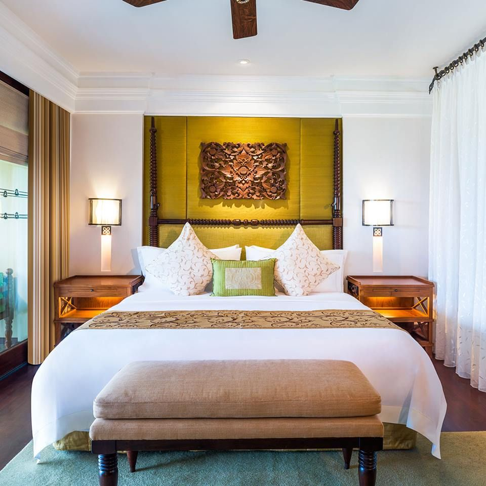eye catching striking beautiful beds to make your bedroom classy wall art also rh pinterest