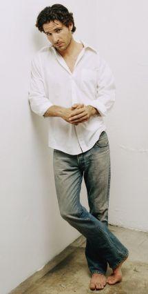 Ed Quinn 26-febrero-1968 Bare Feet Long Pants Suits