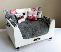 Fancy Dog bed looks like nice barbie couch | Boo's Pins ...