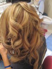 lowlights blonde hair