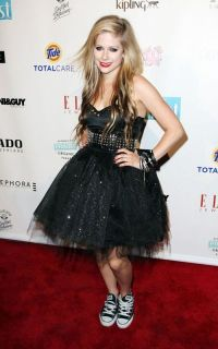 prom dresses and converse   Avril Lavigne-prom dress and ...