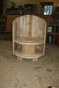 Reclaimed Cable Drum & Pallet Wood Into Chair  Pallet