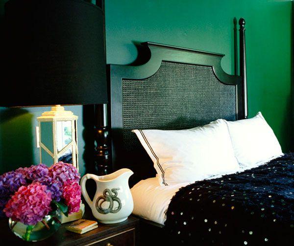 emerald green velvet sofa bed maytex 1 piece slipcover best 25+ bedrooms ideas on pinterest | ...