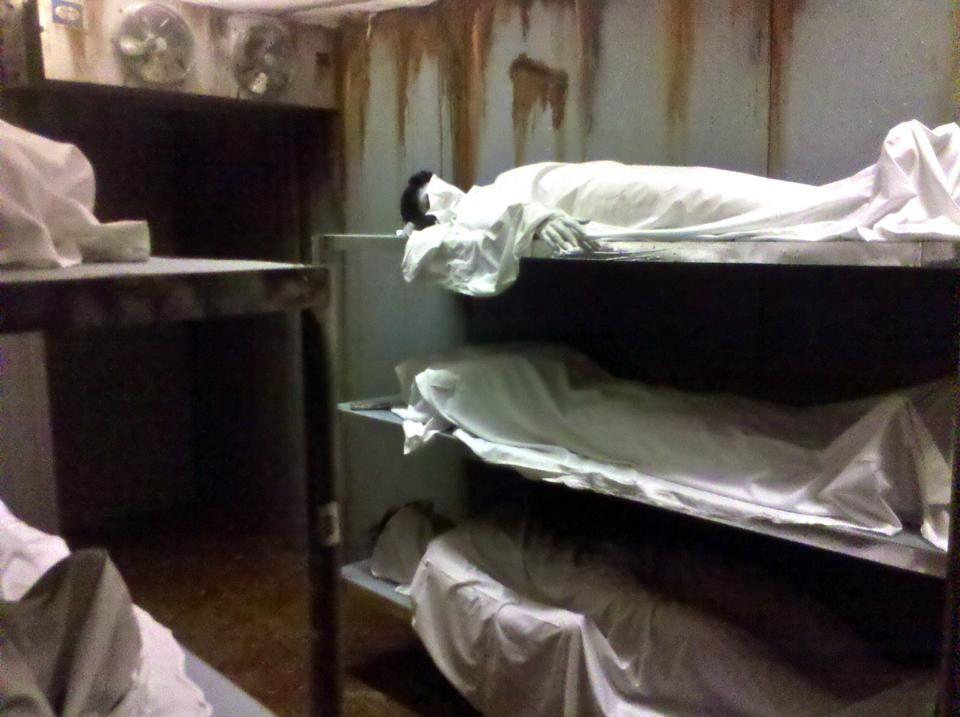 Morgue Freezer Haunt Decor Ideas Pinterest Haunted Houses