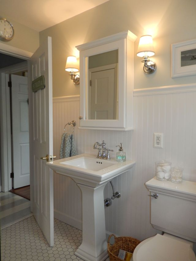 Beach Cottage bathroom wainscoting pedestal sink wall sconce