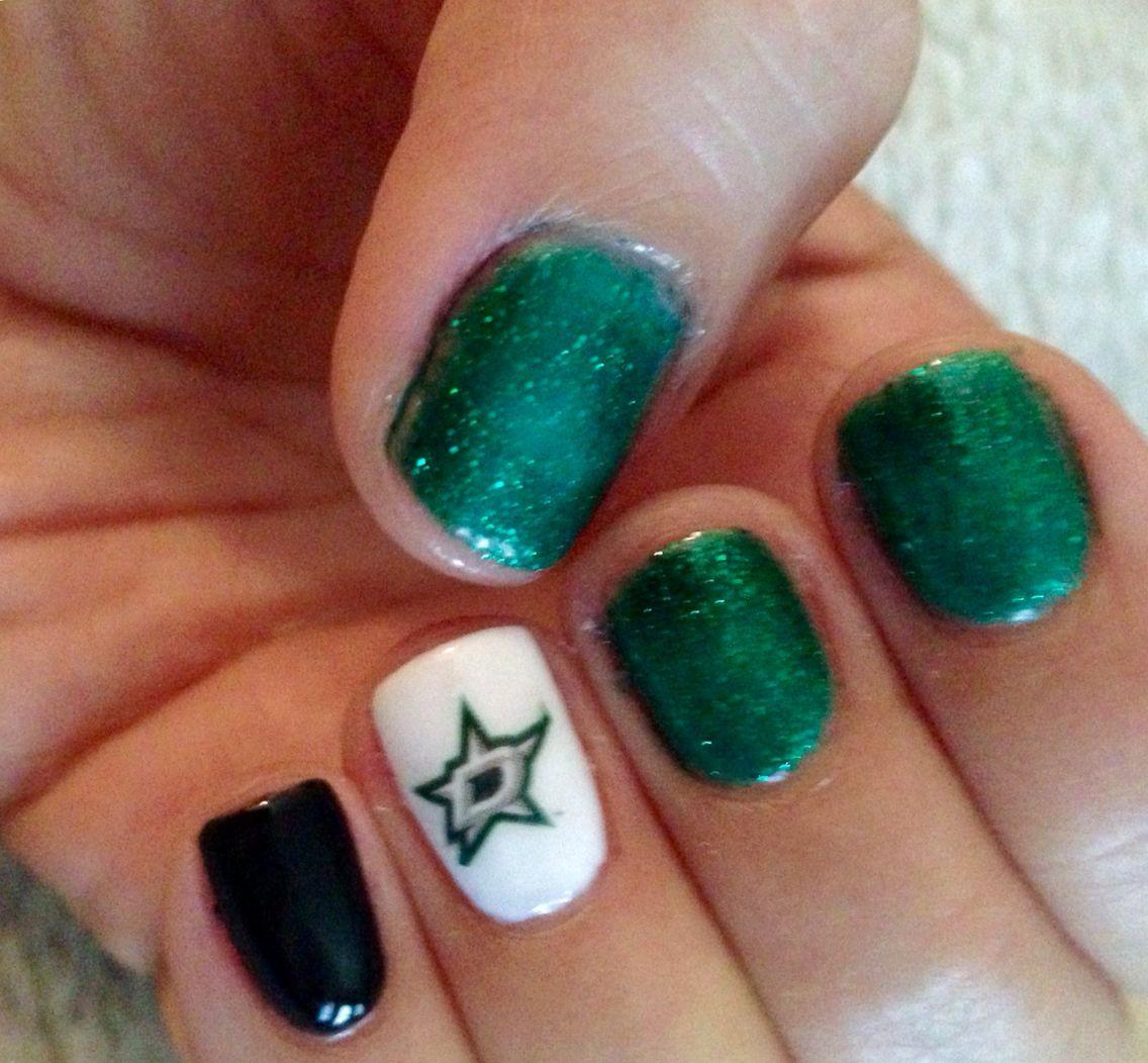 Dallas Stars nail design.