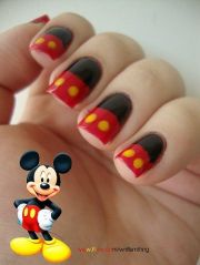 ingenious mickey mouse nail