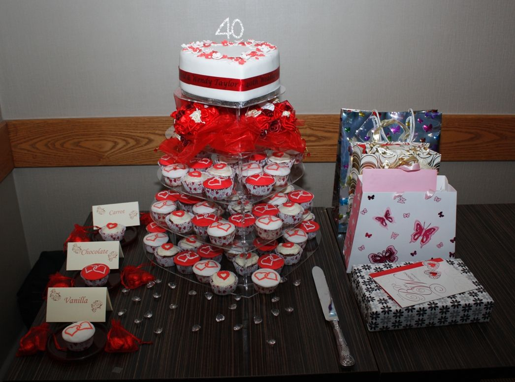 Cupcake Decorating Ideas Wedding Cake Red