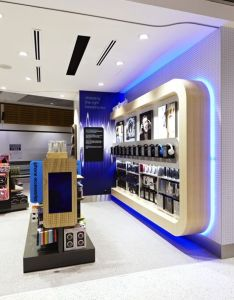 Retail design shop electrical store interior tech go flagship sydney airport also best ideas about stores on pinterest rv rh uk