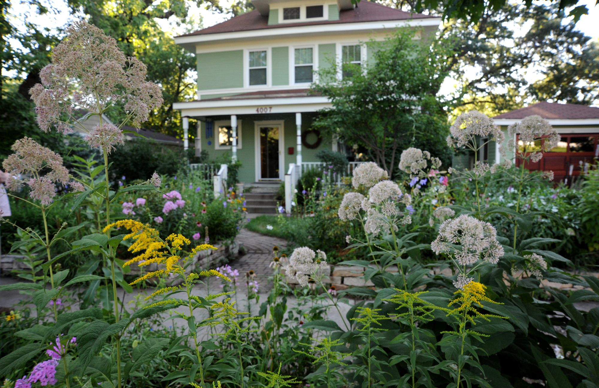 Fancy Front Yard Vegetable Garden Toronto And Garden Pinterest