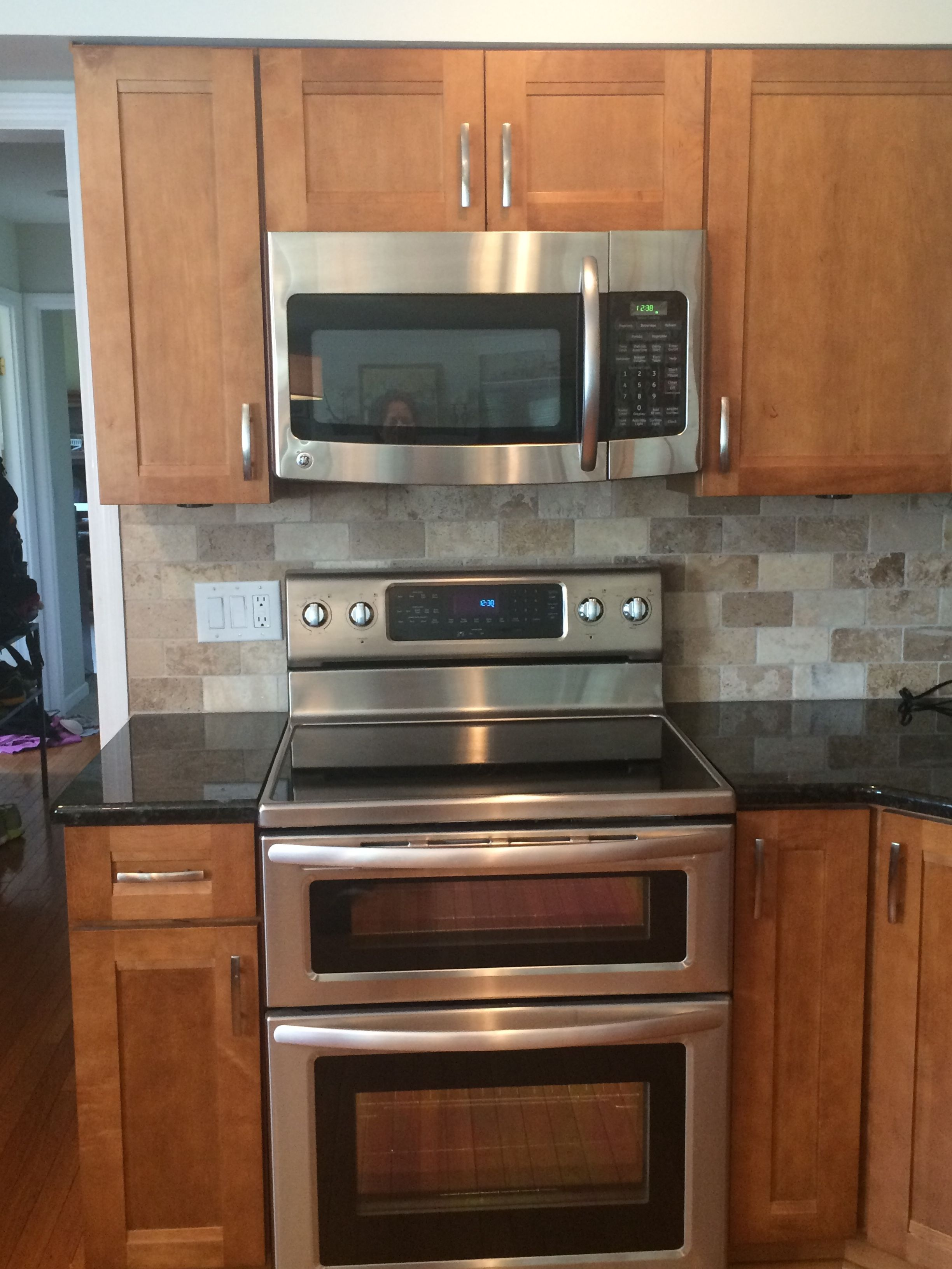 used kitchen cabinets chicago play accessories in the kraftmaid sedona maple praline labrador